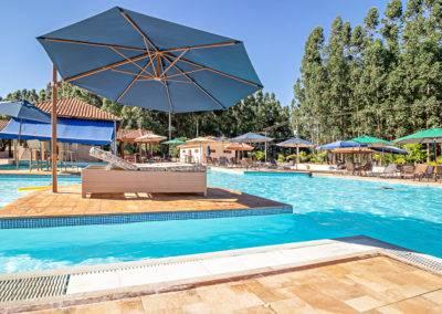 Lazer na piscina | Santa Eliza Eco Resort